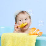 toddler bathtime