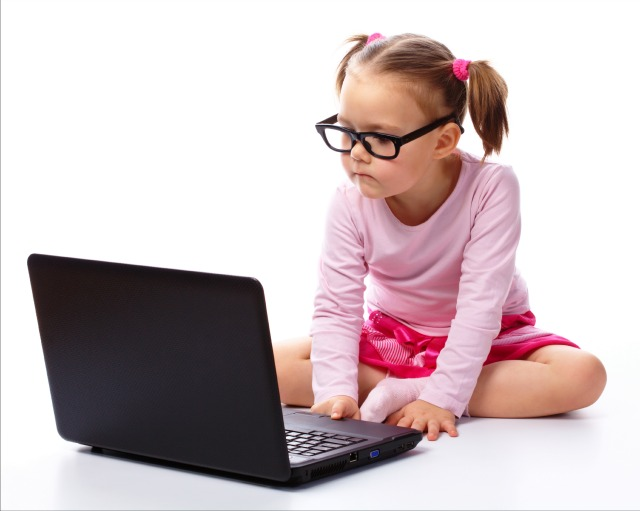 young girl laptop