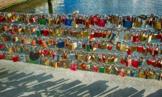 Love is All Around Us … 14 Romantic Cities for Valentine's Day