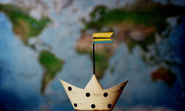 Cruising the Oceans to Discover New Countries