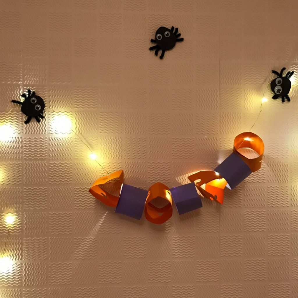 Easy DIY Halloween decorations from Boo Berrit