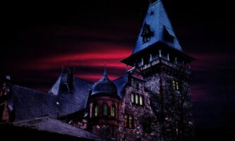 Scary Tourism: Ghosts, Ghouls and Haunted Castles